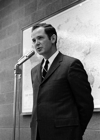 November 23, 1969: Governor Milliken visits campus.