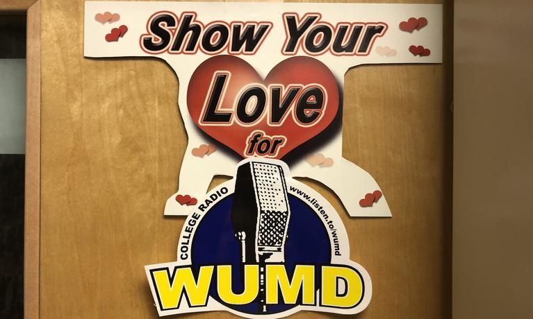 WUMD promotional sign