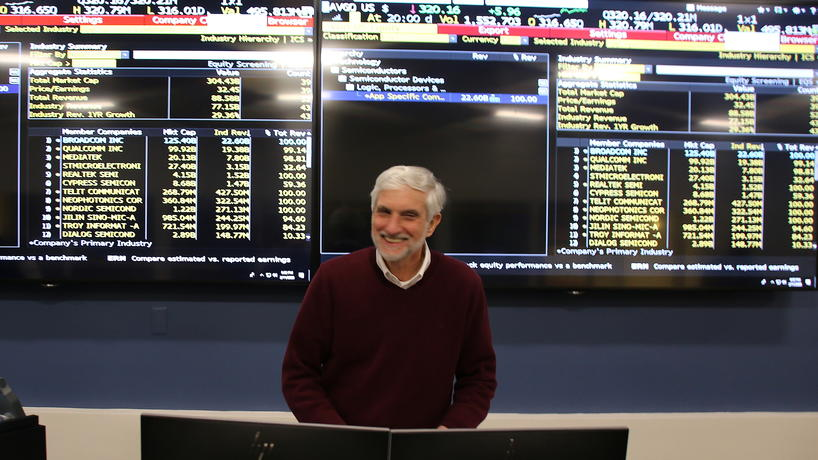 COB Lecturer Nick Vlisides in the Bloomberg Finance Lab